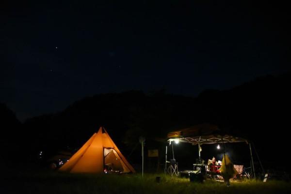 和知野川キャンプ場の夜