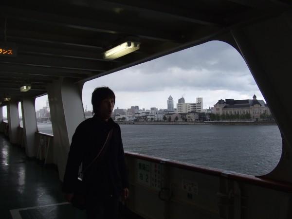 新潟港から出発