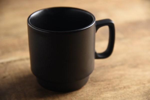 赤土作り長マグカップ マットブラック