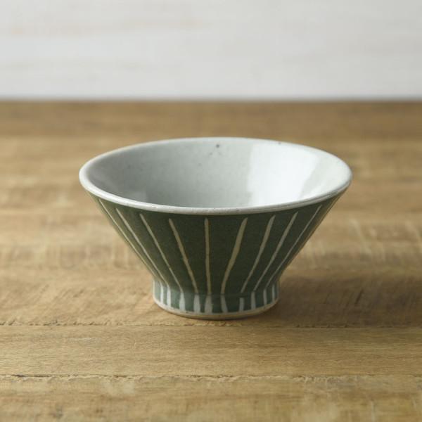手しごと 13cm富士山型茶碗 みどり 十草