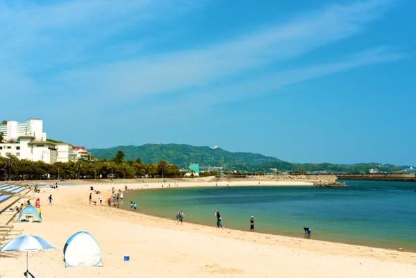 愛知県西尾市の吉良ワイキキビーチ