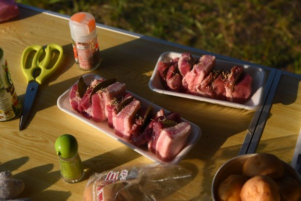特売だったお肉をどうにかこうにかして食べる作戦