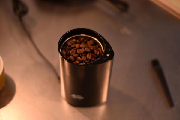 コーヒー豆をいれたの図