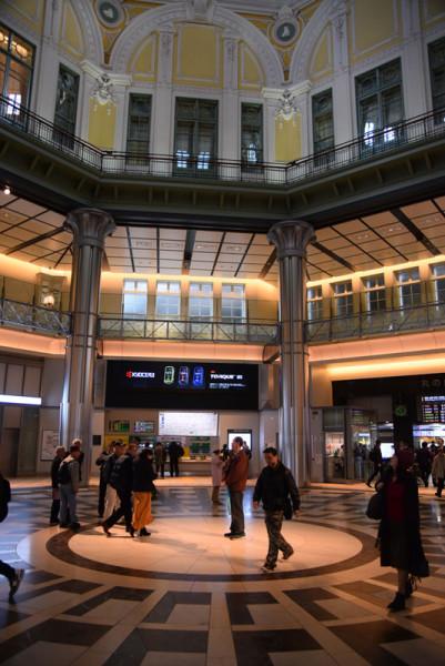 東京駅のようす