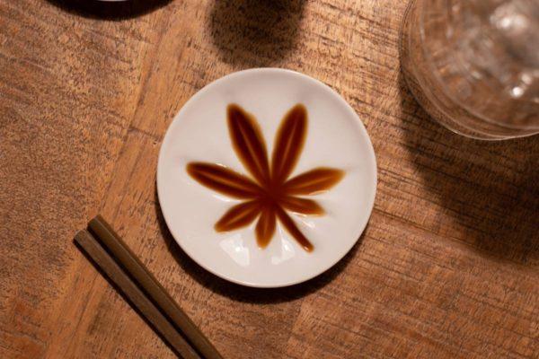もみじ醤油皿