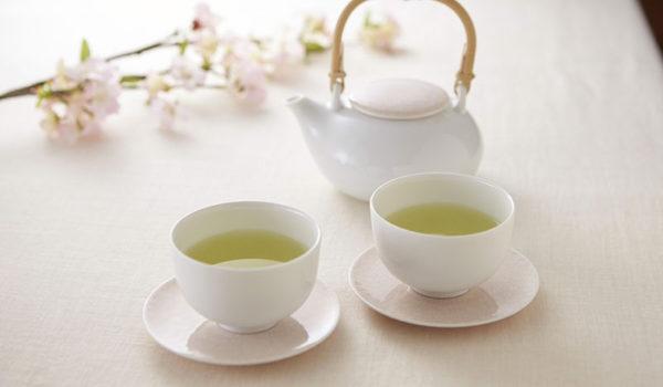 ⑦かさね茶器 桜柄 -穏やかな茶器に咲く、密やかな桜の花-